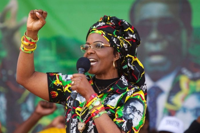 Zimbabwe first lady sets social media ablaze
