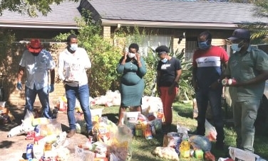Zimbabweans stranded in Cape receive food donations