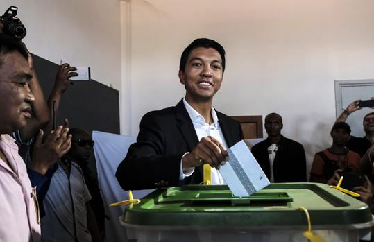 Rajoelina in early lead in Madagascar presidential vote