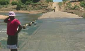New bridge to curb deaths at Zimbabwean river